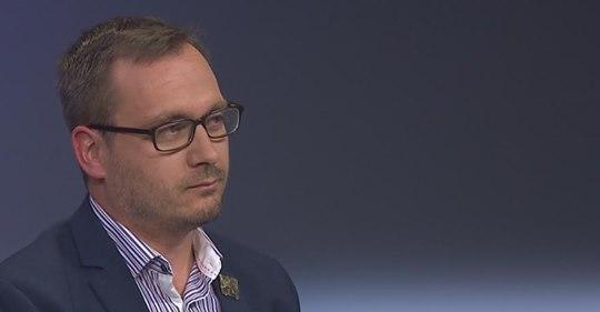 Rozhovory s lídry kandidátek do evropských voleb: Adam B. Bartoš